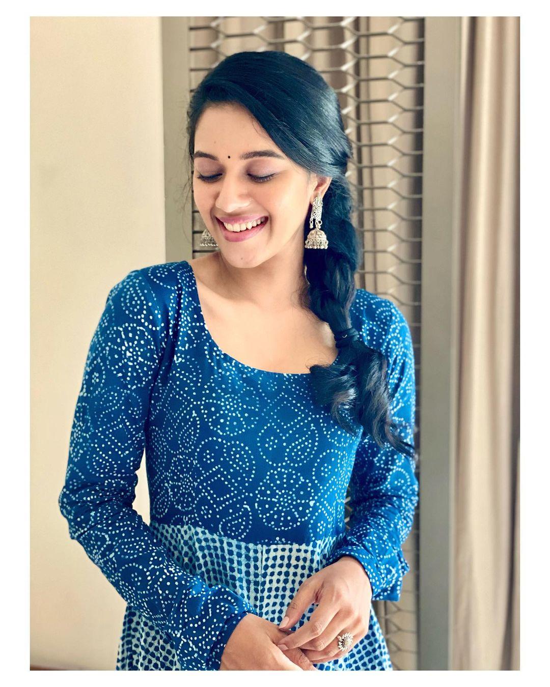 நடிகை மிருணாளினி ரவி ( Image : Instagram @mirnaliniravi )