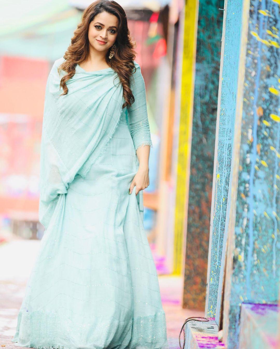 நடிகை பாவனா ( Image : Instagram @bhavzmenon)