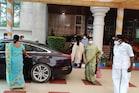 மு.க.ஸ்டாலினுடன் டெல்லி சென்ற துர்கா ஸ்டாலின்