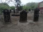 300 ஆண்டுகள் பழமையான 13 சதிகற்கள் கண்டுபிடிப்பு