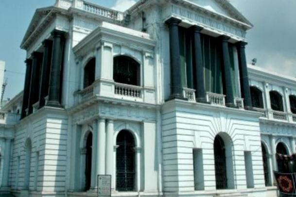 தமிழக சட்டமன்றம் சுதந்திரத்திற்கு முன்னர் எப்படி செயல்பட்டது