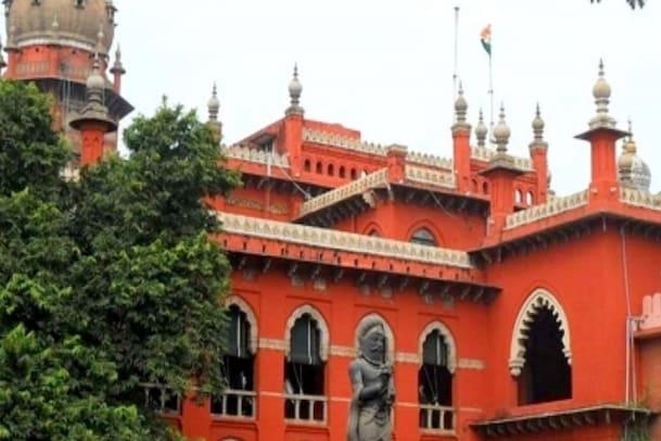 கோயில் சிலைகளை பாதுகாக்க ஸ்ட்ராங் ரூம் : அறிக்கை தாக்கல் செய்ய உத்தரவு