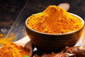 இந்திய உணவில் மஞ்சள் ஏன் தவிர்க்க முடியாத மசாலா பொடியாக இருக்கிறது?