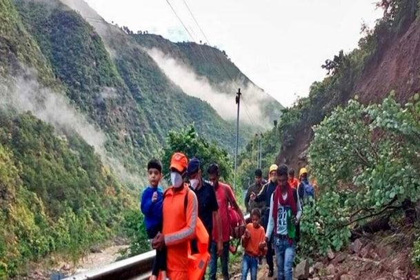 உத்தராகண்ட் நிலச்சரிவில் சிக்கி 2 நாட்களில் 10 பேர் உயிரிழப்பு