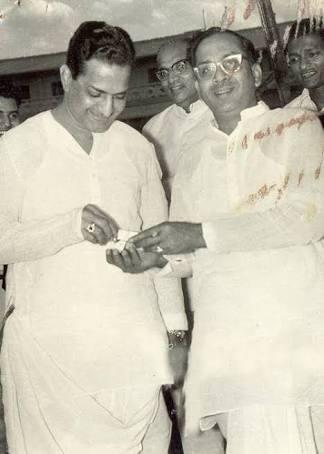 అన్న ఎన్టీఆర్తో అక్కినేని నాగేశ్వరరావు (Twitter/Photo)