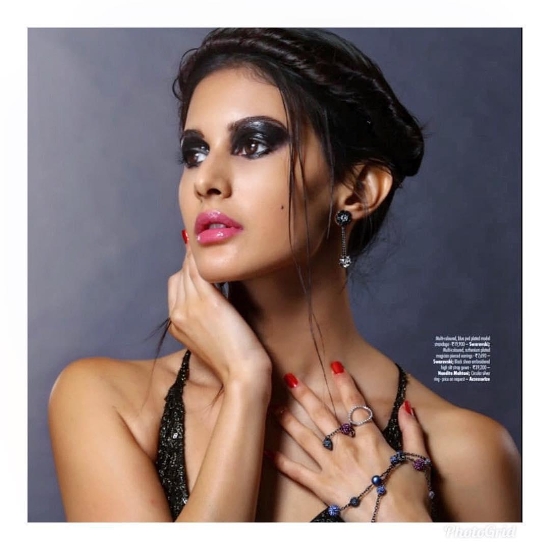 అమైరా దస్తూర్ హాట్ ఫోటోస్ Photo : Instagram/amyradastur93