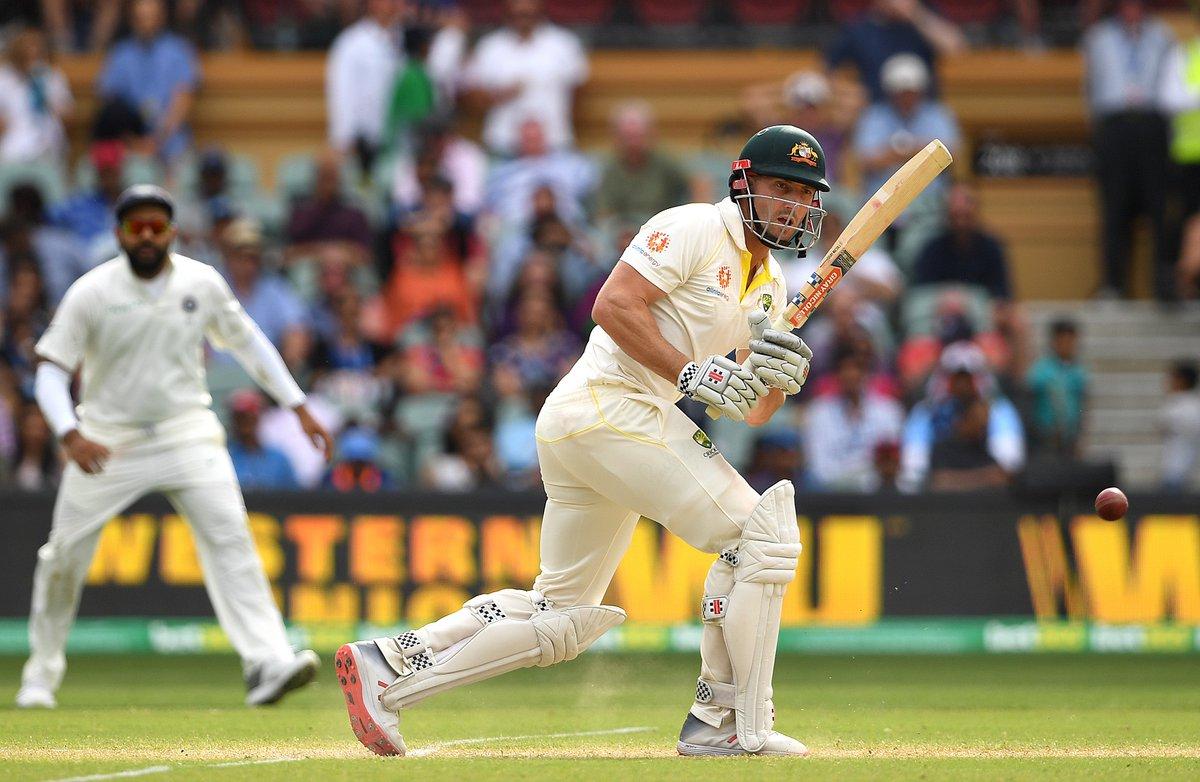 ఫైటింగ్ హాఫ్ సెంచరీతో షాన్ మార్ష్ ఆస్ట్రేలియాను పోటీలో నిలిపాడు. ( cricket Australia / twitter )