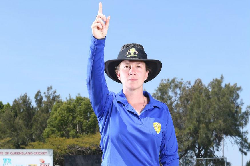 ఆస్ట్రేలియాకు చెందిన మహిళా అంపైర్ క్లెయిరీ పోలోసాక్ Cricket Australia / Twitter )