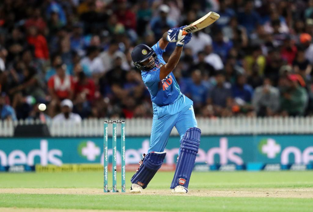 Cricket news, Ind vs Nz, ind vs Nz 3rd T20I, NZ vs Ind 3rd match, India vs New Zealand 3rd match, team India cricket, Rohit Sharma Captaincy, Dhoni, hardik pandya, ఇండియా vs న్యూజిలాండ్, క్రికెట్ న్యూస్, క్రికెట్ వార్తలు, న్యూజిలాండ్ టూర్, టీమిండియా, రిషబ్ పంత్, ధోనీ, ind vs Nz మూడో మ్యాచ్ స్కోర్