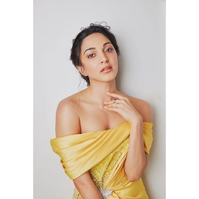 కైరా అద్వానీ హాట్ ఫోటోస్.. Photo: Instagram/kiaraaliaadvani