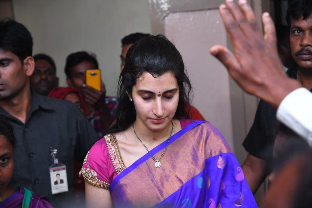 ఓ చర్చిలో ప్రార్థనలు చేస్తున్న నారా బ్రాహ్మణి