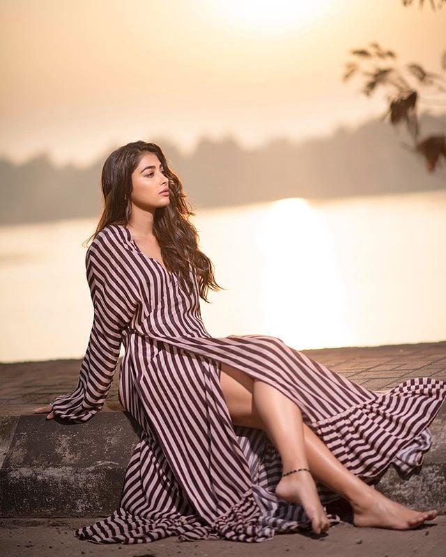 అదిరిపోయిన పూజా హెగ్డే లేటెస్ట్ పిక్స్ Photo: Instagram/hegdepooja