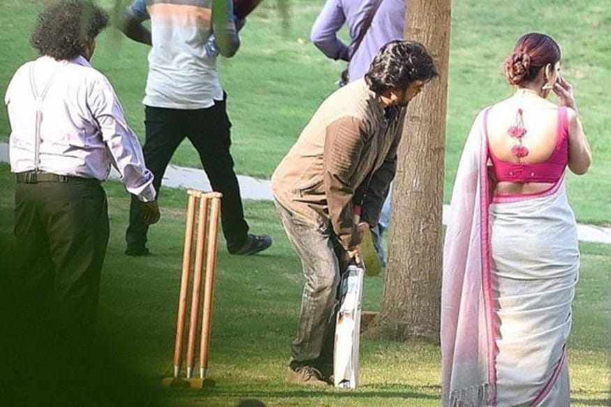 Super star rajinikanth played cricket with nayanathara in darbar shooting spot,super star rajinikanth,rajinikanth ipl match,rajinikanth cricket,rajinikanth played cricket in darbar shooting spot,rajinikanth twitter,rajinikanth movie updates,rajinikanth,rajinikanth darbar,darbar rajinikanth,rajinikanth movies,rajinikanth ar murugadoss movie,rajinikanth ar murugadoss,rajinikanth speech,rajinikanth 167,rajnikanth,superstar rajinikanth,cricket,rajini darbar,rajinikanth's next movie is 'darbar' by a.r murugadoss,rajinikanth press meet,rajinikanth latest,rajinikanth news,rajinikanth politics,rajinikanth ar murugadoss first look,ranjinikanth,rajinikanth best performance,darbar,darbar first look,darbar rajinikanth,darbar movie,rajini darbar,darbar teaser,darbar official first look,super star rajinikanth darbar,rajinikanth rajnikanth nayanathara darbar ar murugadoss,darbar motion poster,darbar public opinion,darbar regular shooting mumbai,darbar ar murugadoss,darbar review,darbar pooja ceremony,darbar meaning,darbar festival,darbar rajini film,darbar public review,darbar public reaction,darbar first look poster,rajini darbar first look,rajinikanth darbar movie,kollywood,tamil cinema,tollywood,telugu cinema,rajnikanth darbar,rajni darbar pooja ceremony,రజినీకాంత్,రజినీకాంత్ దర్బార్,రజినీకాంత్ క్రికెట్,క్రికెట్ ఆడిన రజినీకాంత్,దర్బార్ సెట్‌ లో క్రికెట్ ఆడిన రజినీకాంత్, రజినీకాంత్ దర్భార్ ఫస్ట్ లుక్,రజినీకాంత్ దర్బార్ పూజా కార్యక్రమాలు,దర్బార్ పూజా,ముంబాయిలో పూజా కార్యక్రమాలతో ప్రారంభమైన రజినీకాంత్ దర్బార్,ఏఆర్ మురుగదాస్ రజినీకాంత్ దర్బార్ మూవీ,దర్బార్ రజినీకాంత్ నయనతార,