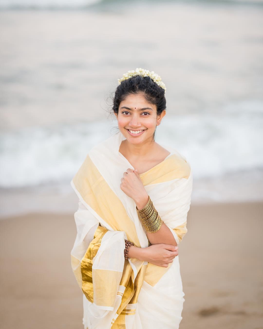 సాయి పల్లవి ఫోటోస్ Photo: Instagram.com/saipallavi.senthamarai