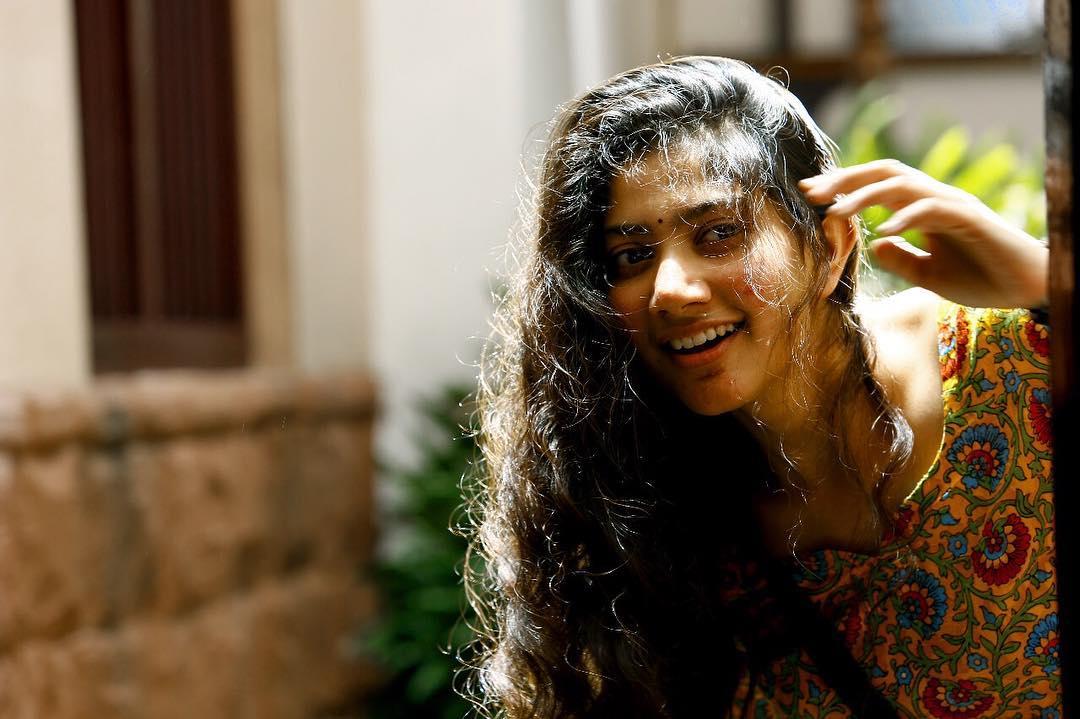 ఇక ఏప్రిల్ 30న రానా, సాయిపల్లవి నటించిన విరాటపర్వం విడుదల కానుంది.