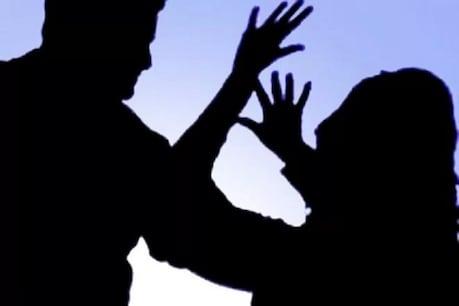 శ్రీకాకుళం జిల్లాలో మరో దారుణం... అమ్మాయిని తీవ్రంగా కొట్టి