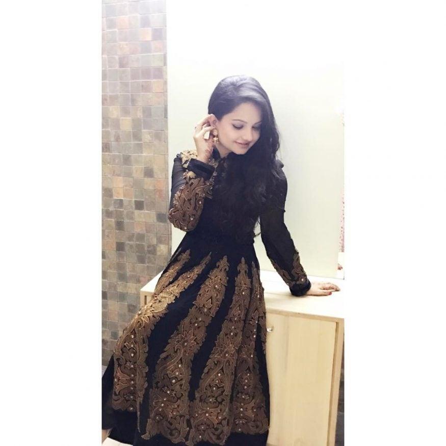 జియా మానెక్ క్యూట్ ఫొటోస్ (Image : instagram.com/gia_manek)