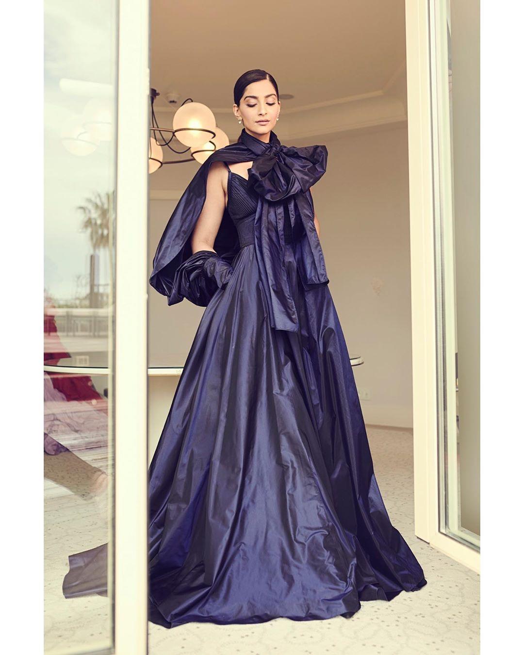 సోనమ్ కపూర్ ఫోటోస్ Photo: Instagram.com/sonamkapoor