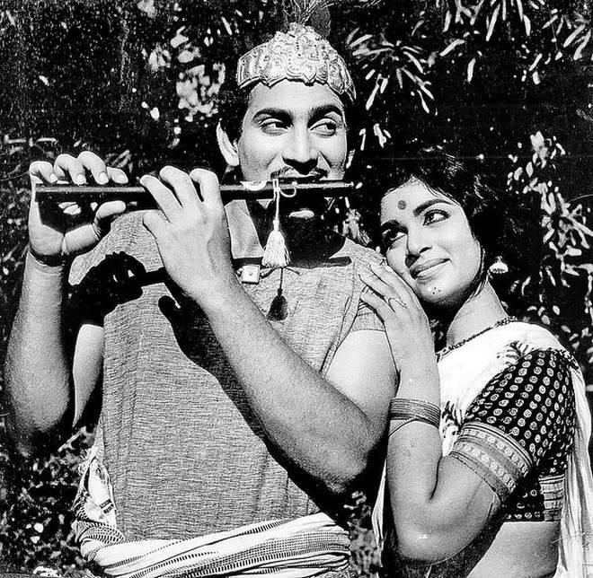 Vijaya Nirmala: Heroine Turned Director Guinness book Record holder vijaya Nirmala Filmy Journey..here are the details,vijaya nirmala,vijaya nirmala passes away,vijaya nirmala died,vijaya nirmala dead,vijaya niramal filmy career,vijaya nirmala actiing career,vijaya nirmala film journey,vijaya nirmala movies,vijaya nirmala songs,krishna and vijaya nirmala,vijaya nirmala (film actor),vijaya nirmala son,vijaya nirmala family,vijaya nirmala speech,vijaya nirmala birthday,director vijaya nirmala,vijaya nirmala interview,vijaya nirmala life story,vijaya nirmala first husband,vijaya nirmala maa,vijaya nirmala hot,vijaya nirmala news,vijaya nirmala meena,vijaya nirmala awards,mahesh babu step mother vijaya niramal pasees away,naresh mother vijaya nirmala passes away,విజయనిర్మల,విజయ నిర్మల,విజయ నిర్మల కన్నుమూత,కన్నుమూసిన విజయ నిర్మల,విజయ నిర్మల కృష్ణ,కృష్ణ సతీమణి కన్నుమూత,నరేష్ తల్లి విజయ నిర్మల కన్నుమూత,మహేష్ బాబు పిన్ని విజయ నిర్మల కన్నుమూత,విజయ నిర్మల నట ప్రస్థానం,విజయ నిర్మల జీవిత ప్రస్థానం,