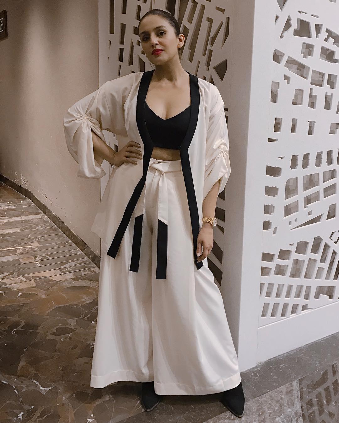 అందాల హుమా ఖురేషి హాట్ ఫోటోస్ Photo: Instagram.com/iamhumaq