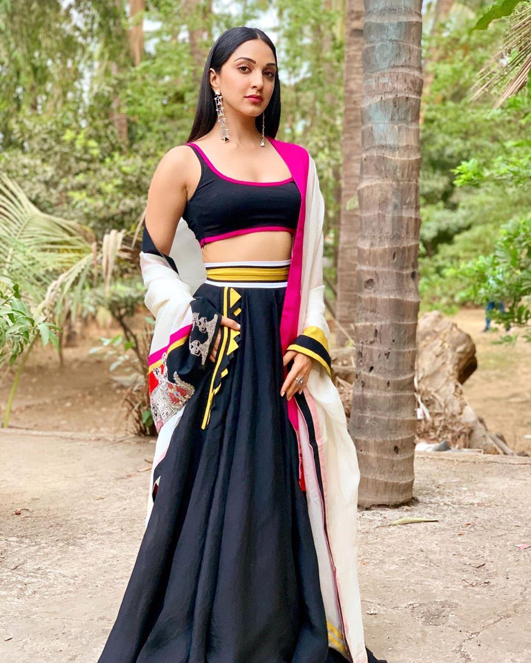 అదరగొడుతోన్న కియారా అద్వానీ లేటెస్ట్ ఫోటో షూట్ Photo: Instagram/kiaraaliaadvani