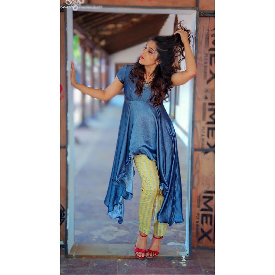 ఫోటోషూట్లతో అదరగొడుతోన్న జబర్దస్త్ యాంకర్ రష్మీ గౌతమ్ Photo:Instagram.com/rashmigautam