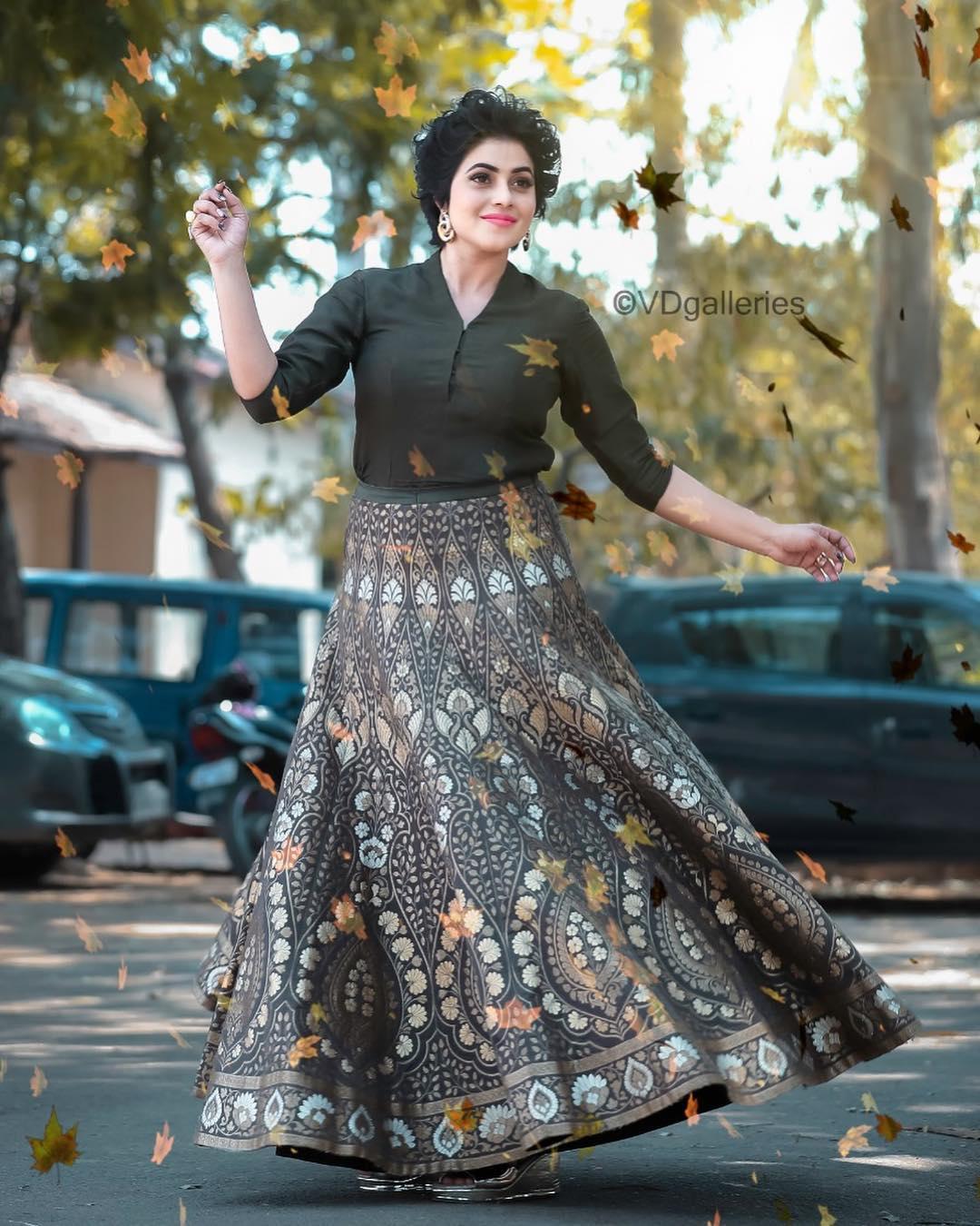అదరగొడుతోన్న పూర్ణ (షమ్నా ఖాసీం) హాట్ లుక్స్.. Photo: Instagram.com/shamnakasim