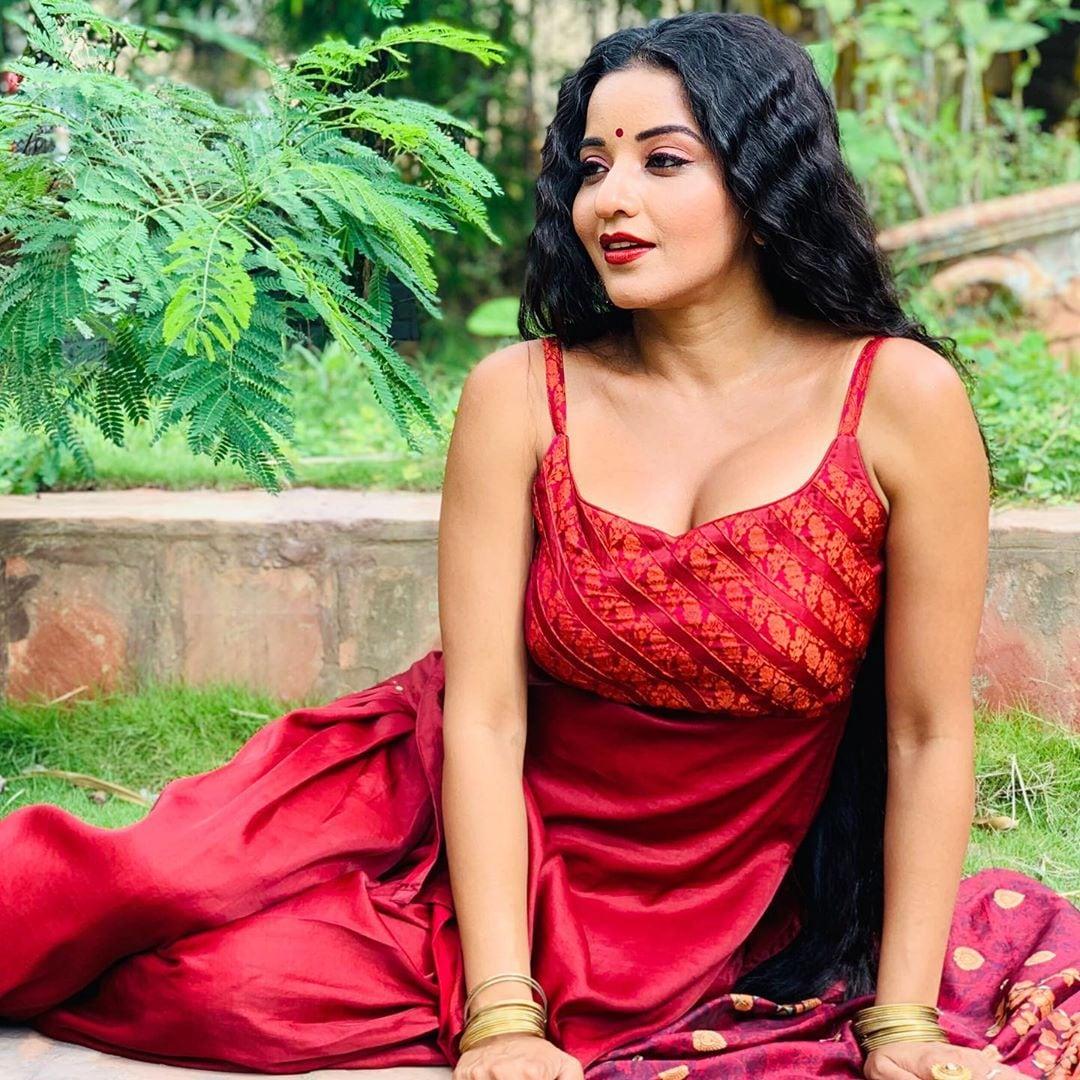 అవేకళ్లు సీరియల్ నటి మోనాలిసా (Image : MONALISA / Instagram)