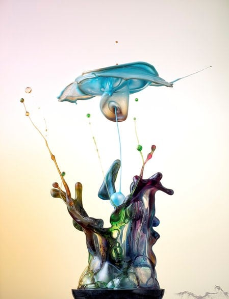 మార్కస్ సృష్టించిన నీటి అద్భుతం (Image : www.markusreugels.de)