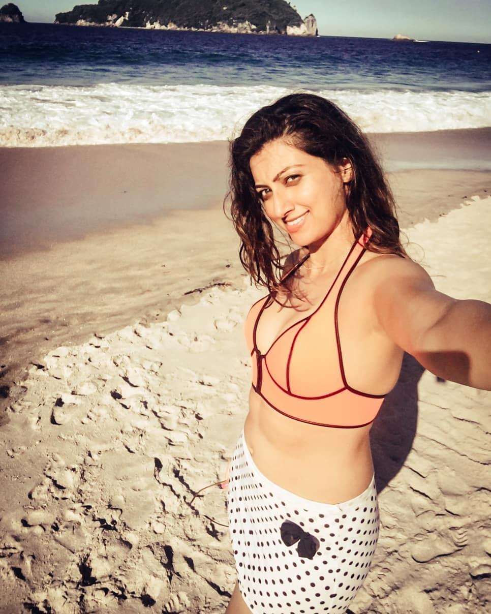 హంసా నందిని హాట్ ఫోటోస్ Photo: Instagram.com/ihamsanandini