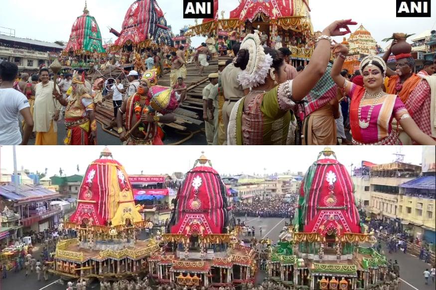 పూరీ క్షేత్రంలో జగన్నాథ రథయాత్ర అత్యంత వైభవంగా గురువారం ఉదయం ప్రారంభమైంది. తొమ్మిది గంటలకు సంప్రదాయబద్ధంగా మూల విరాట్ల తరలింపు కార్యక్రమం చేపట్టారు. (Image : Twitter /ANI)