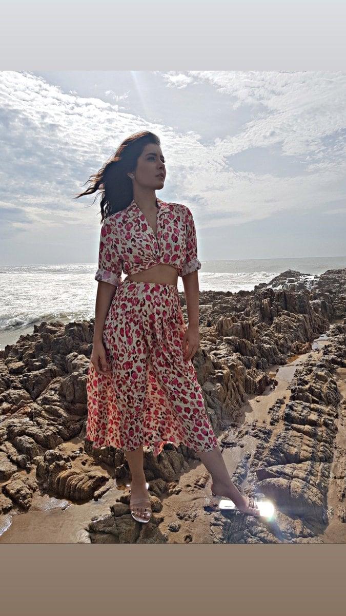 రాశీ ఖన్నా.. ఫోటో షూట్ Photo: Twitter