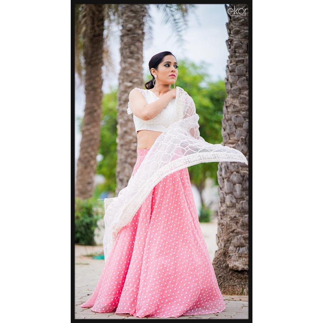 రష్మీ గౌతమ్ (Photo: rashmigautam/Instagram)