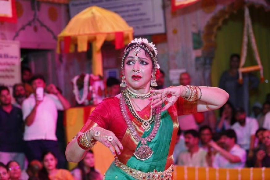 ఉత్తర ప్రదేశ్లోని బృందావనంలో బీజేపీ మథుర ఎంపీ హేమా మాలిని నృత్య ప్రదర్శన (Twitter / Photos)