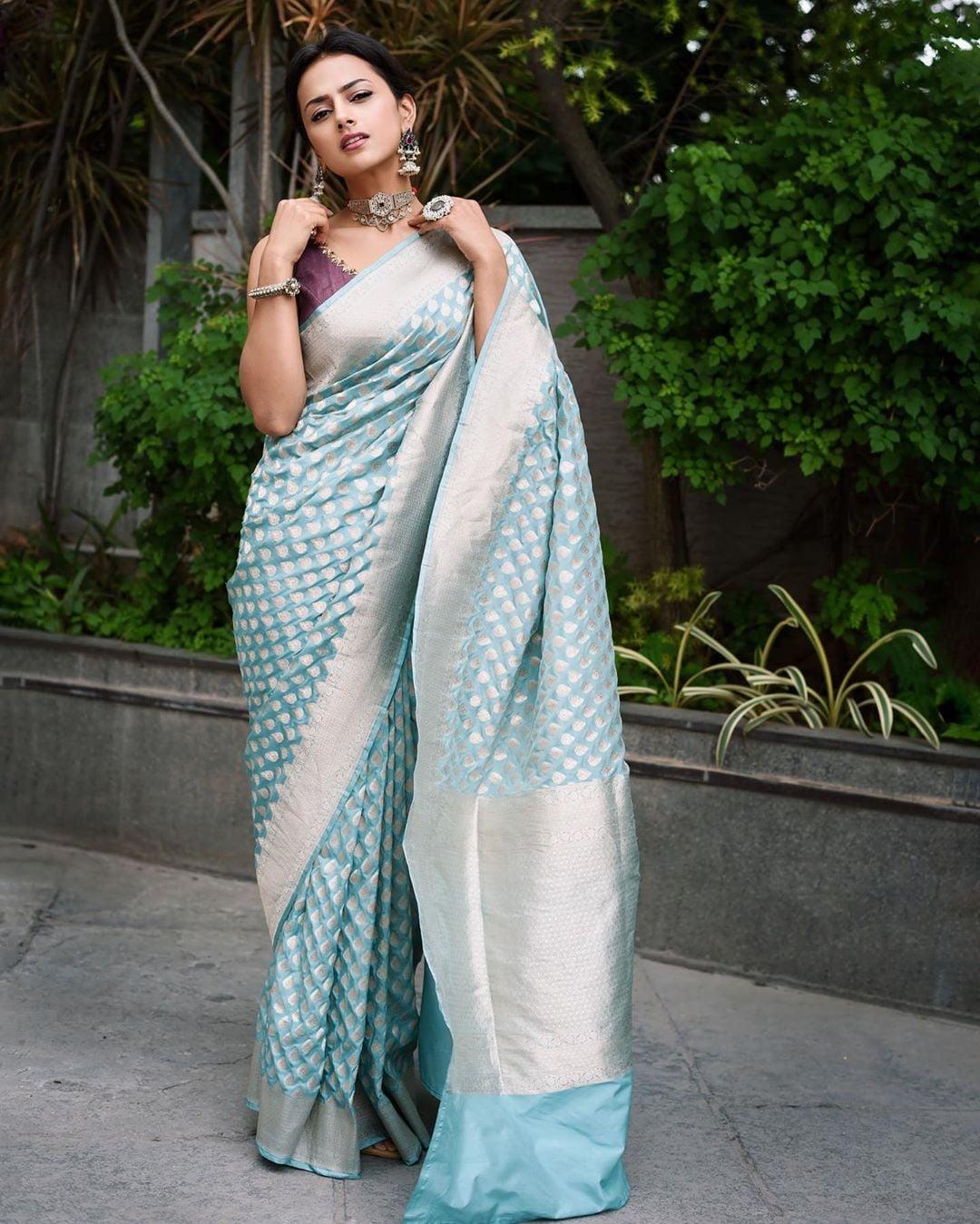 శ్రద్ధా శ్రీనాథ్ Photo: Instagram.com/shraddhasrinath