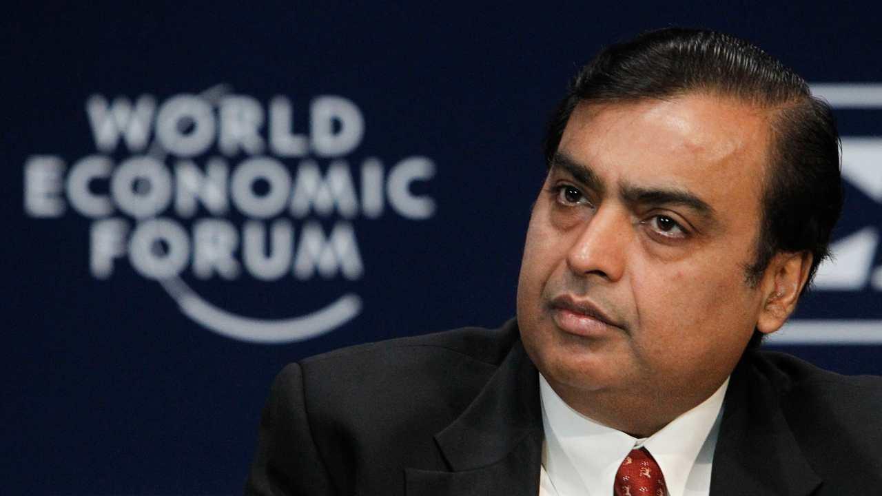 Rank 1 | ముకేశ్ అంబానీ | రిలయన్స్ ఇండస్ట్రీస్ ఎండీ, ఛైర్మన్ | రూ. 3.8 లక్షల కోట్లు (Image: Reuters)