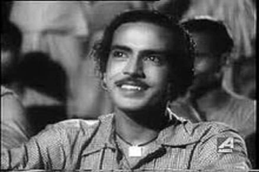 7.బెంగాలీ ఫిల్మ్ ఫౌండర్, తొలి తరం బెంగాలీ సూపర్ స్టార్ ధీరేంద్రనాథ్ గంగూలి (1975)లో దాదా సాహెబ్ ఫాల్కే అవార్డు అందుకున్నారు.ఈయన పలు సినిమాలను నిర్మించడంతో పాటు దర్శకత్వం కూడా వహించారు. ఈయనను బెంగాలీ సినిమా జాతిపితగా పిలుస్తారు. (Facebook/Photo)