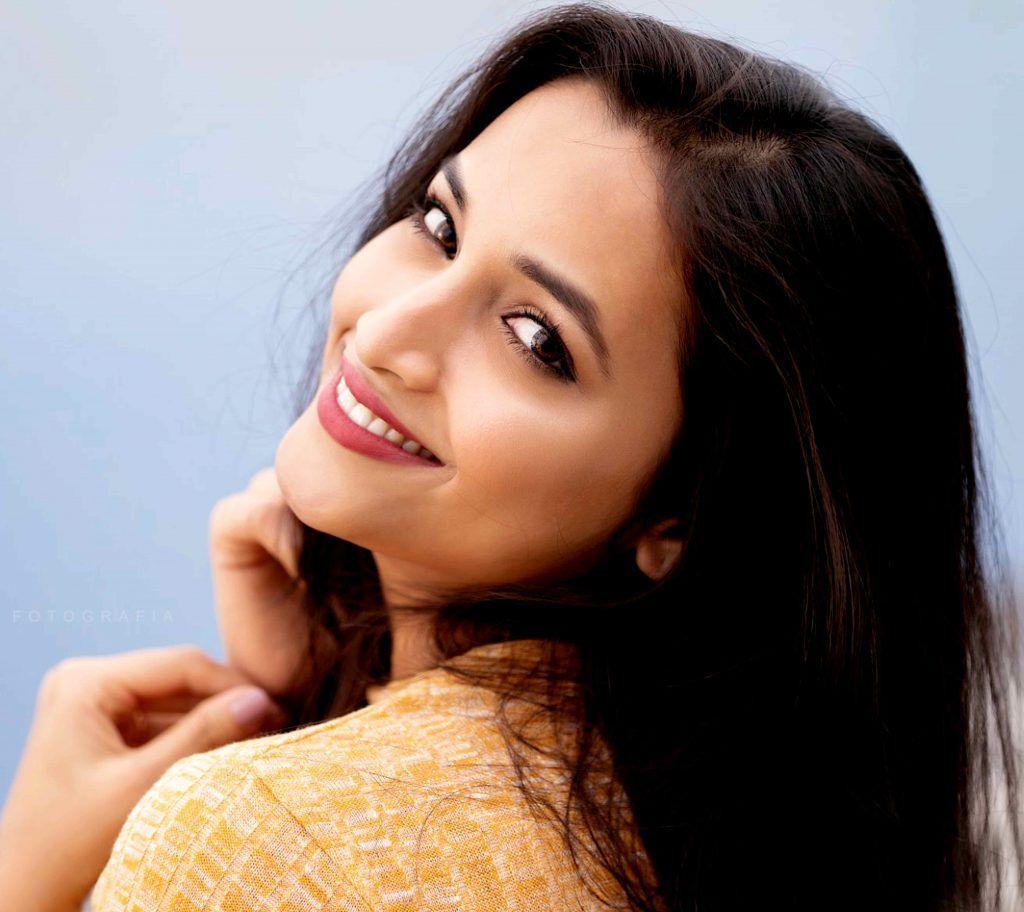 KGF భామ శ్రీనిధి శెట్టి లేటెస్ట్ ఫోటో షూట్ (Twitter/Photo)