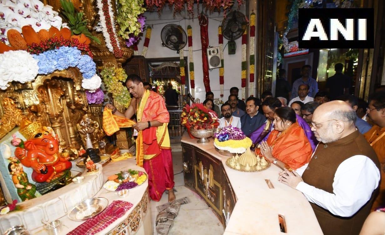 సిద్ధి వినాయక ఆలయంలో అమిత్ షా (Image:ANI)