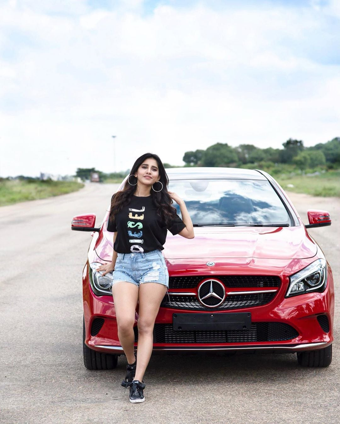 నభా నటేష్ Photo: nabhanatesh/Instagram
