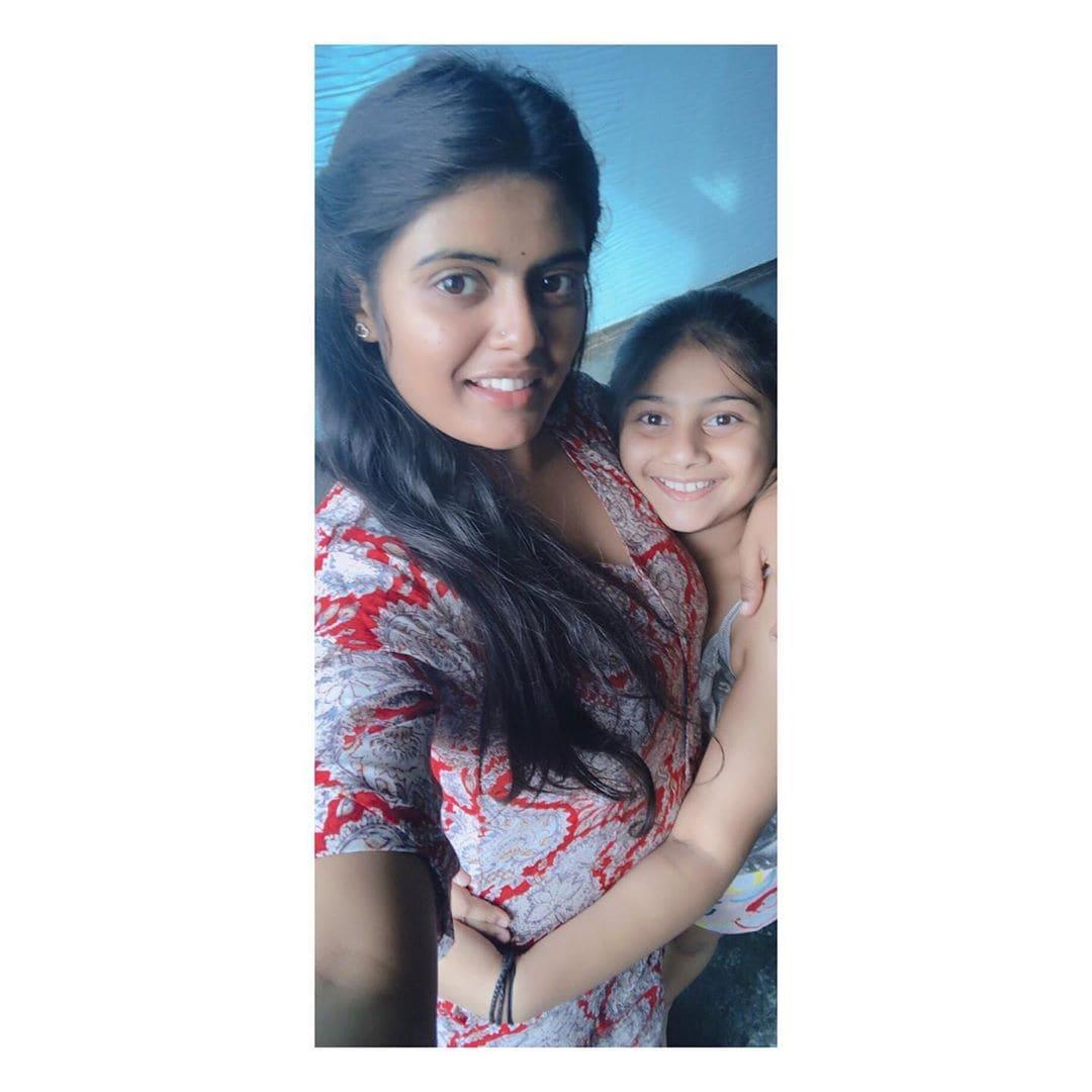బుజ్జిగాడు ఫేమ్ పవిత్ర పూరీ ఫోటోస్ Photo: Instagram.com/pavithra_puri