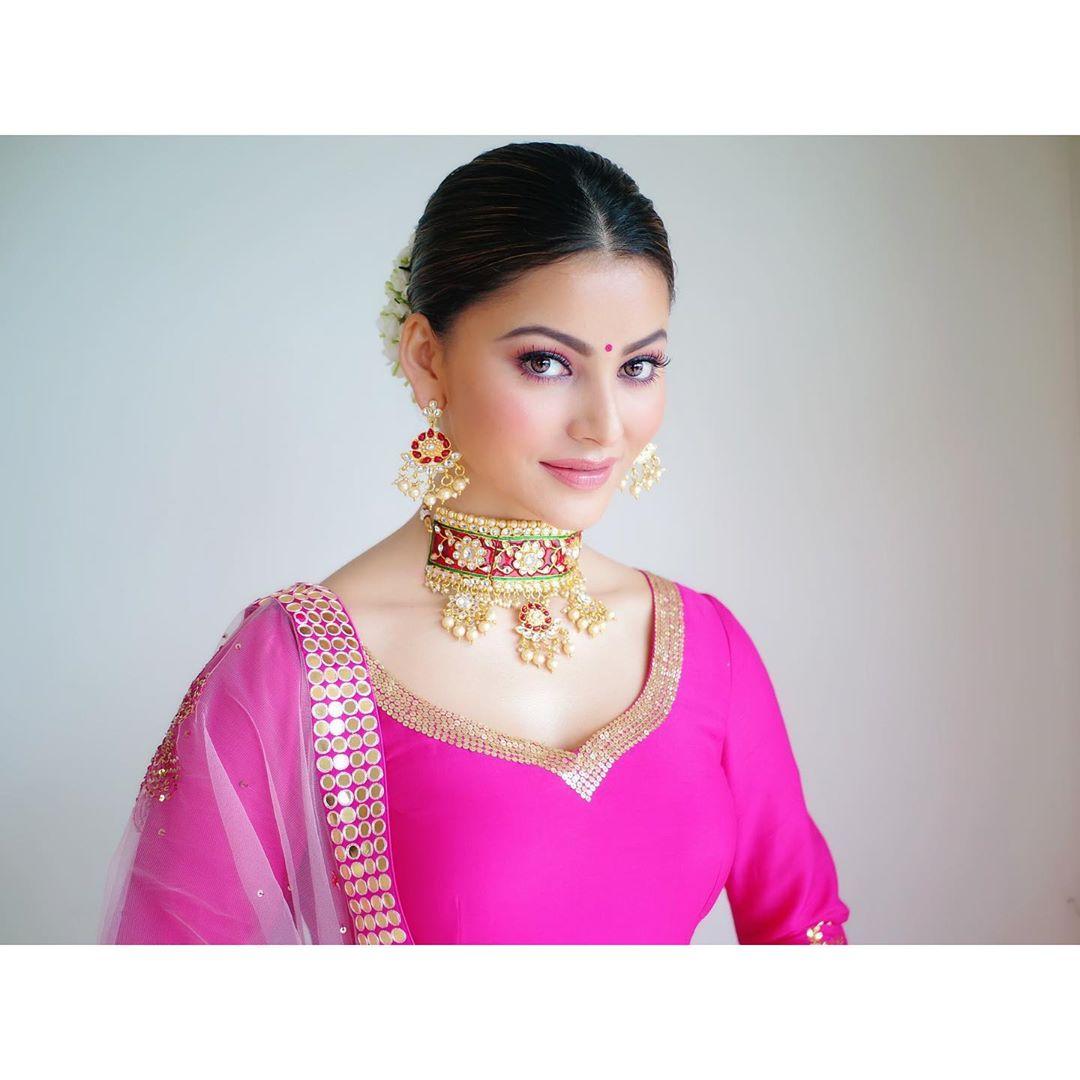 ఊర్వశి రౌతేలా ఫొటోస్ (credit - insta - urvashirautela)