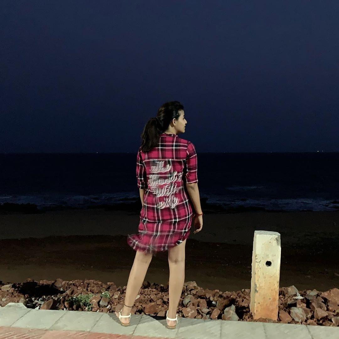 అంజలి క్యూట్ ఫొటోస్ (credit - insta - yours_anjali)