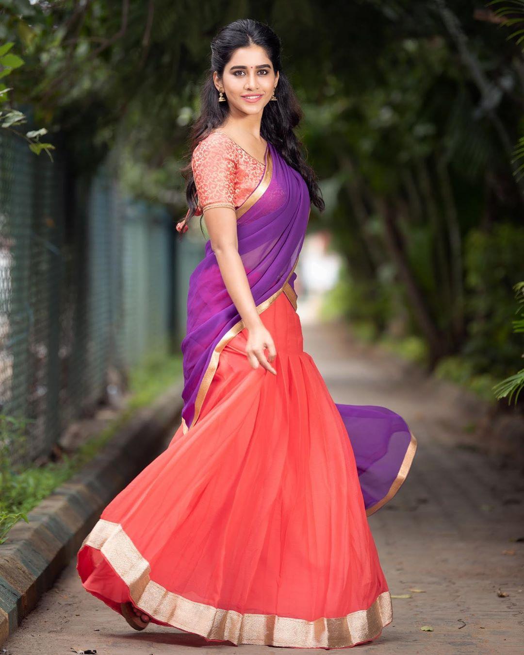 నభా నటేష్ (Photo: nabhanatesh/Instagram)