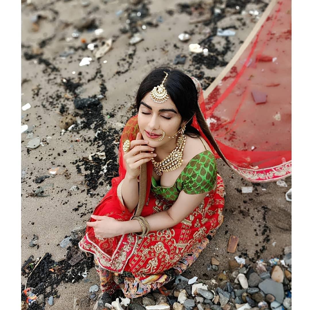 అదా శర్మ హాట్ పిక్స్... Photo : Instagram.com/adah_ki_adah
