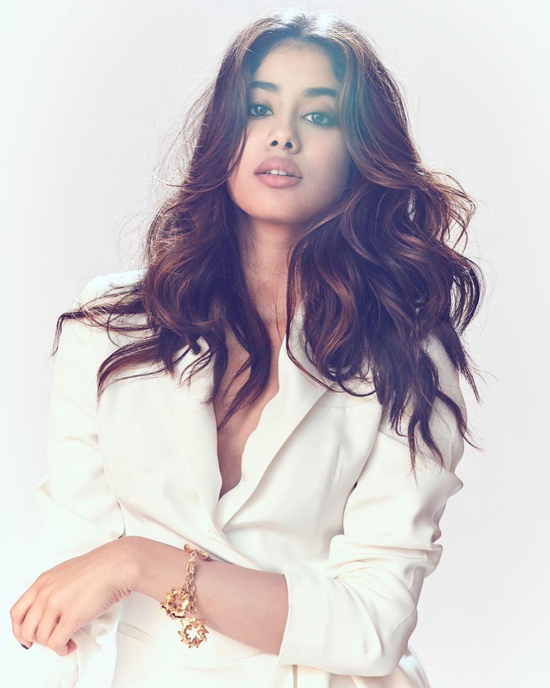 జాన్వీ కపూర్ ఫోటోస్ Photo: janhvikapoor/Instagram