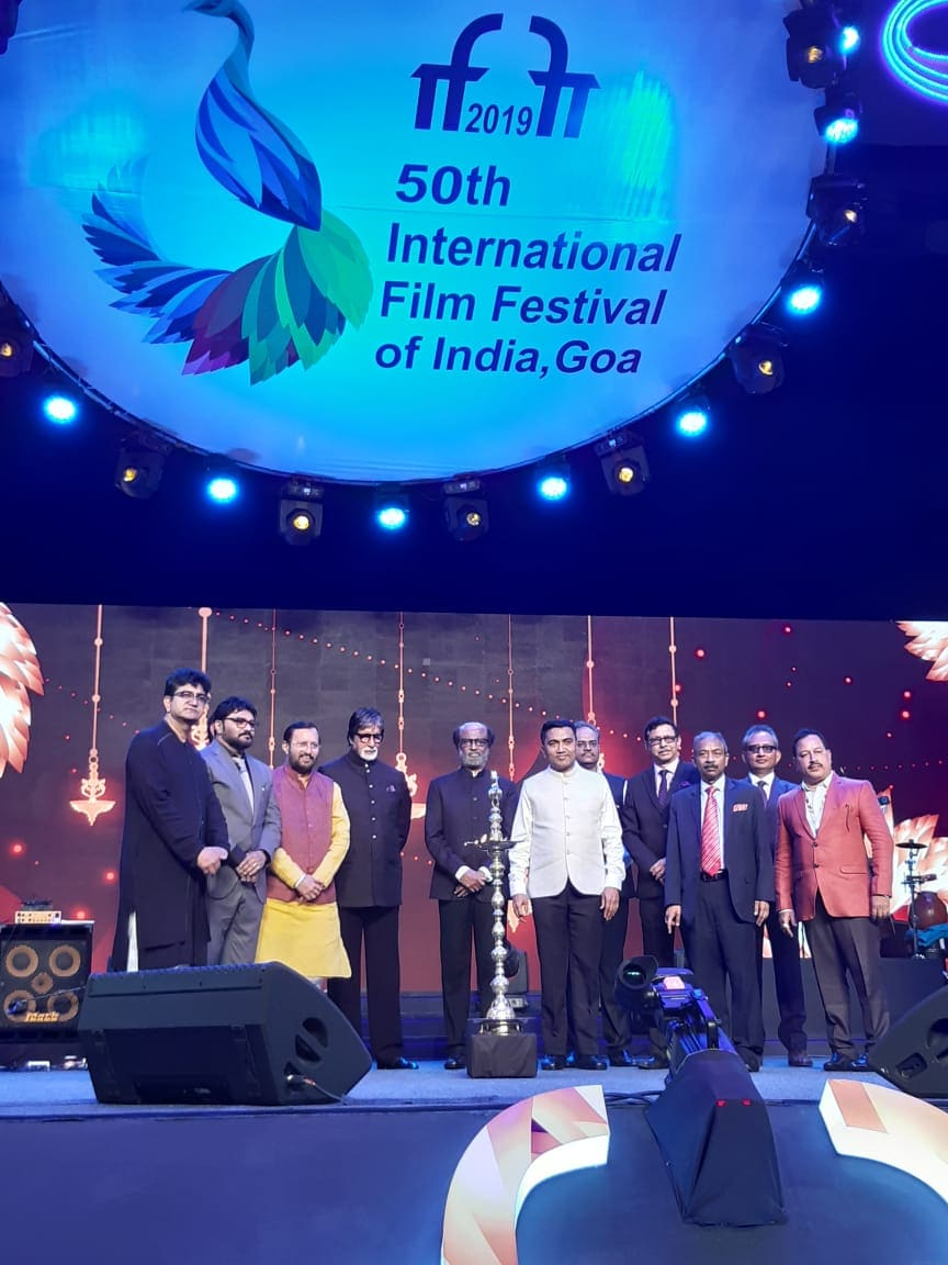 IIFA Awards 2019 ఫంక్షన్లో సందడి చేసిన అమితాబ్ బచ్చన్, రజినీకాంత్ (twitter/Photo)
