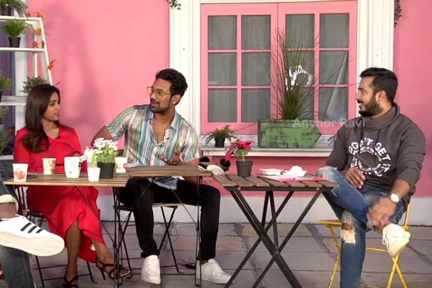 Anchor Ravi sensational bold questions to Varun Sandesh and asked about his bedroom secrets with Vithika Sheru pk బిగ్ బాస్ పుణ్యమా అని అసలు సీన్లోనే లేని వరుణ్ సందేశ్ మళ్లీ కాస్తో కూస్తో జనాల్లో కనిపిస్తున్నాడు. ఈ షో తర్వాత అవకాశాలు అయితే రావడం లేదు వరసగా ఇంటర్వ్యూలు అయితే ఇస్తున్నాడు. anchor ravi varun sandersh interview,anchor ravi PVVR Interview,anchor ravi,anchor ravi interview,anchor ravi latest interview,anchor ravi exclusive interview,anchor ravi wife,sreemukhi interview,anchor ravi latest videos,anchor ravi live,anchor ravi movies,vithika sheru,varun sandesh,varun sandesh wife vithika sheru,varun sandesh wife,varun sandesh wife vithika sheru photos,varun sandesh movies,varun sandesh with wife vithika,vithika sheru family photos,varun sandesh vithika sheru,varun sandesh with wife,varun sandesh and his wife vithika sheru,varun sandesh's wife vithika sheru,varun sandesh vithika sheru superb dance,anchor ravi daughter,telugu cinema,యాంకర్ రవి,యాంకర్ రవి వరుణ్ సందేశ్,రవి రాహుల్ పునర్నవి ఇంటర్వ్యూ,వరుణ్ సందేశ్ వితికా షెరూ బెడ్రూమ్ విషయాలు
