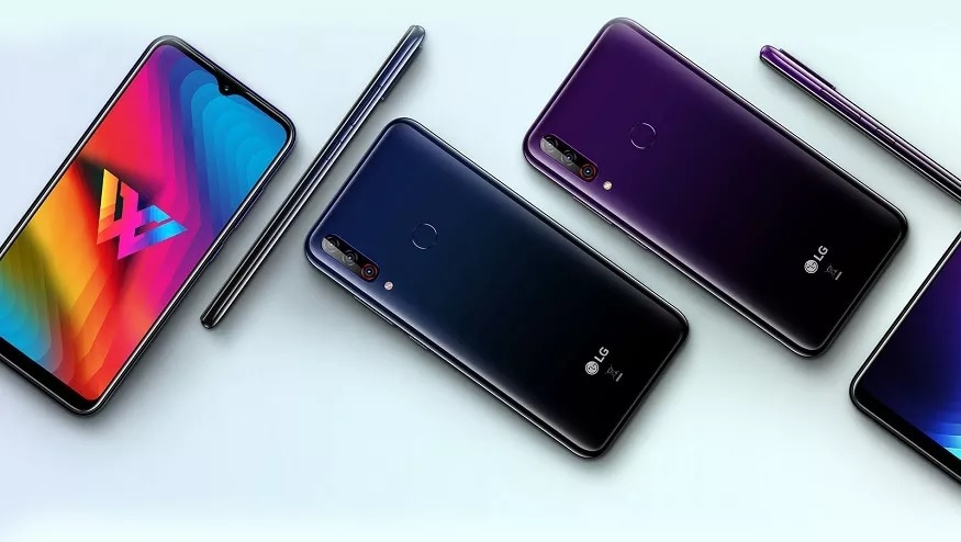 17. LG W30: ఎల్జీ డబ్ల్యూ30 మీడియాటెక్ హీలియో పీ22 ప్రాసెసర్తో పనిచేస్తుంది. రియర్ కెమెరా 12+13+2 మెగాపిక్సెల్ కాగా, ఫ్రంట్ కెమెరా 16 మెగాపిక్సెల్.