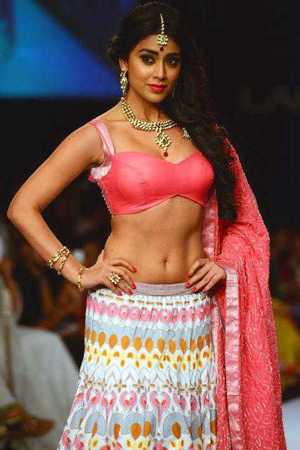 శ్రియ హాట్ ఫోటోస్ Photo: Twitter